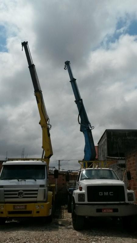 Serviço de Caminhão para Transporte de Containers · Santo André: - Transporte de Containers com Munck