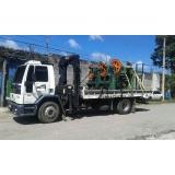 caminhão de transporte de containers Piraporinha