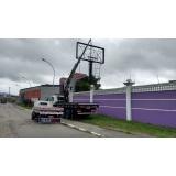carregamento de containers com caminhão munck Suzano