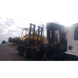 transporte de máquinas com caminhão munck Bangú