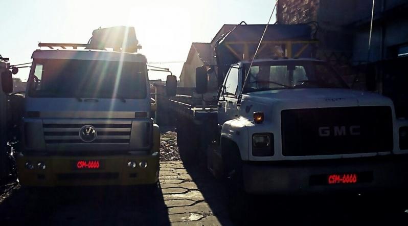 Transporte de Container com Munck Tamanduateí 7 - Remoção de Container com Caminhão Munck