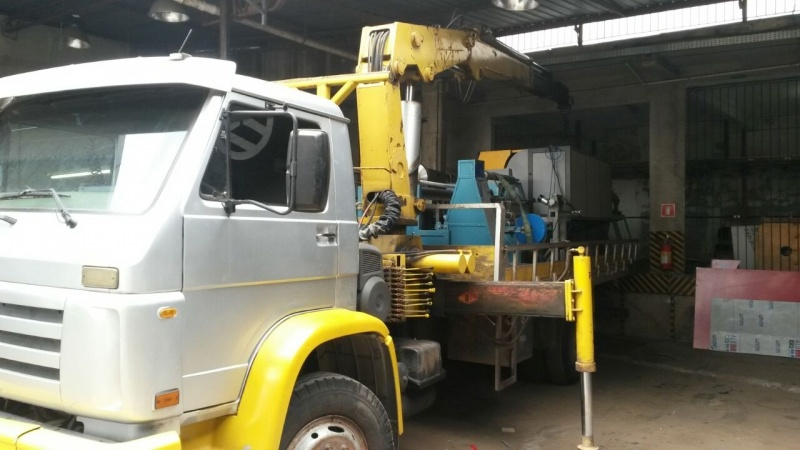 Transporte de Máquinas Industriais Preço Bairro do Limão - Transporte de Máquinas de Munck